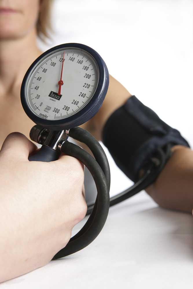 Bluthochdruck gehört zu den Risikofaktoren.